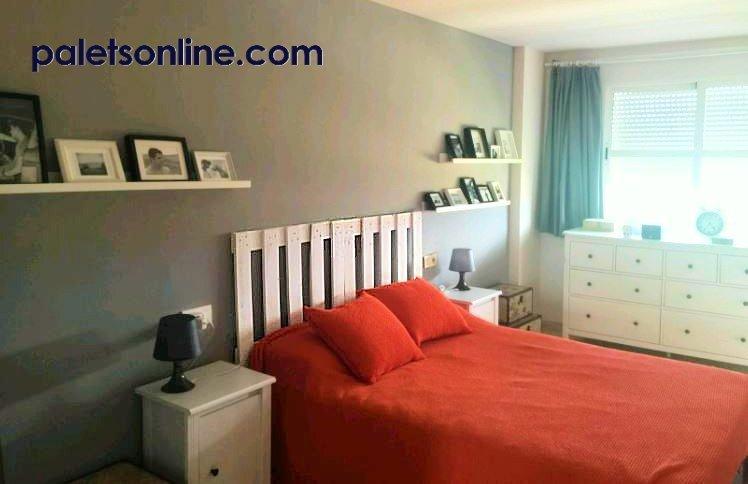 Cabecero de cama de palet color blanco - Hacer cabeceros de cama ...