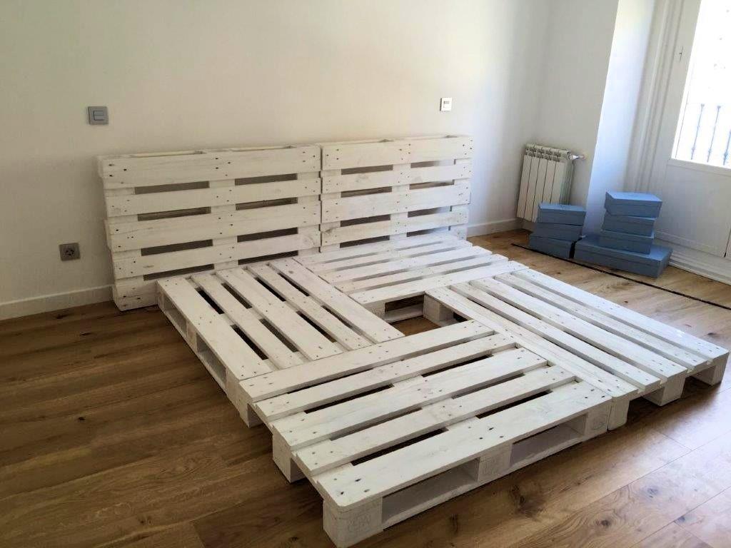 cama de palets color blanco